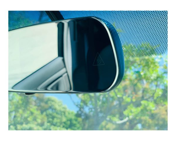 BSS-MI -- Frameless Mirror with Auto Brightness Control 2
