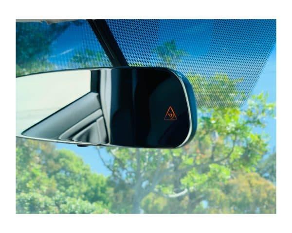 BSS-MI -- Frameless Mirror with Auto Brightness Control 3